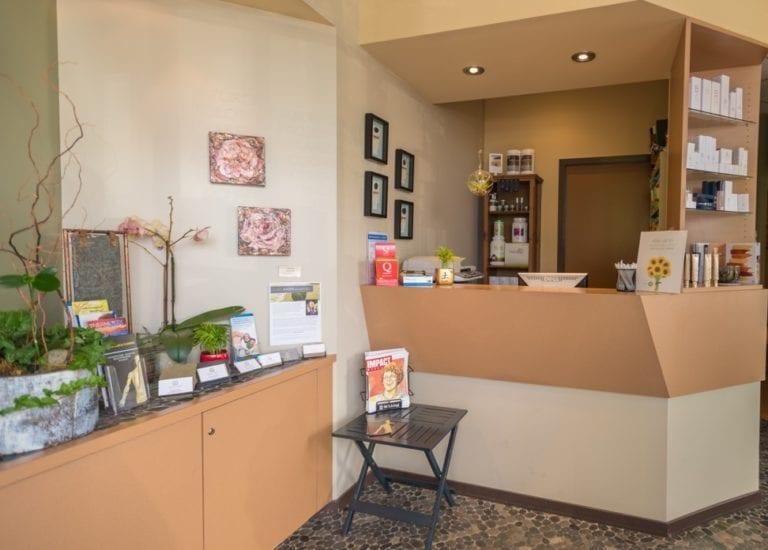 Bellevue-Natural-Health-Clinic-Entrance
