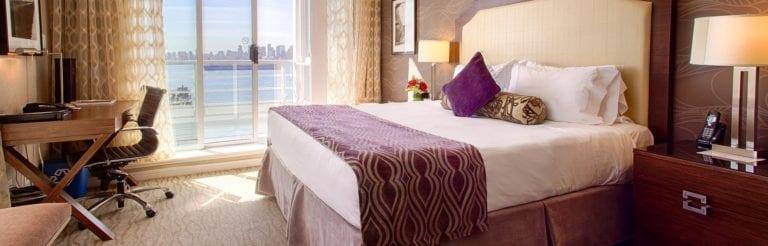 pinnacle-hotel-rrom